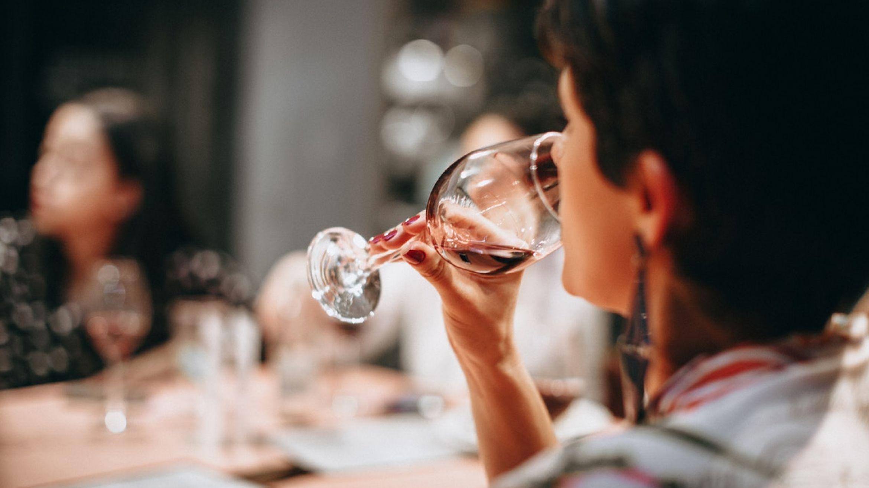 8 razloga zbog kojih bi trebali piti crno vino