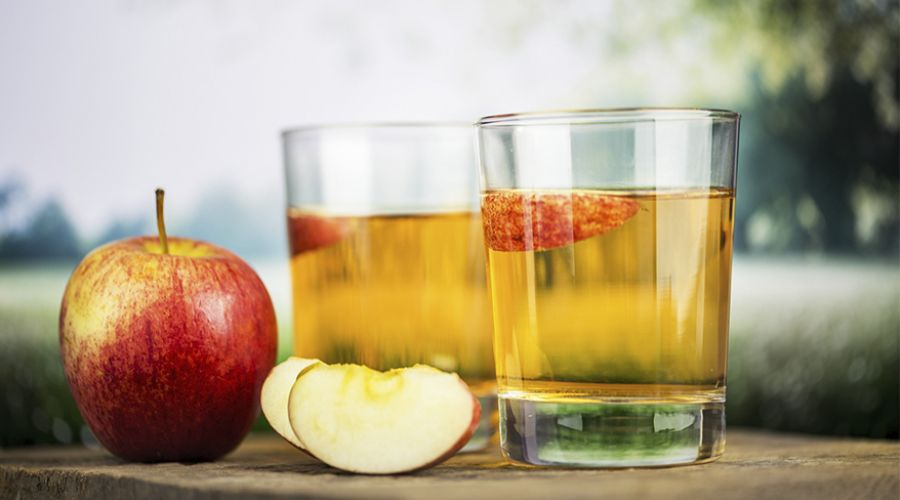 Prednosti konzumiranja soka od jabuke